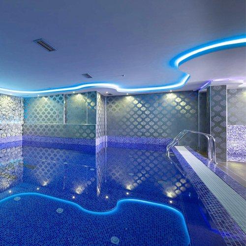 Hannochs_HLS-28W-DCC_Swimming-pool